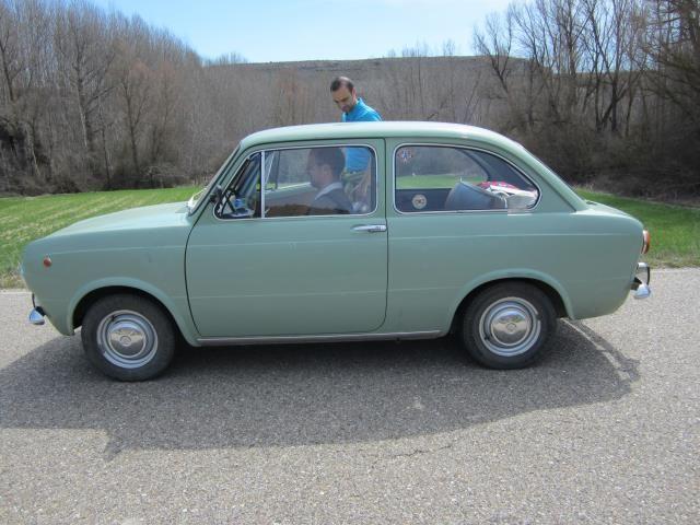 coche clasico verde
